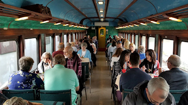 Click here to see the Entertainment Train car pictures